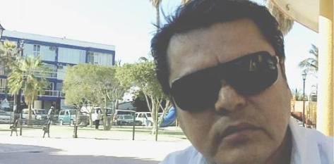 """Daniel Hernández Aguirre ha dado voto de confianza a Marcos Covarrubias, gobernador de Baja California Sur, para acabar """"con esta porquería"""", no obstante habrá que esperar."""