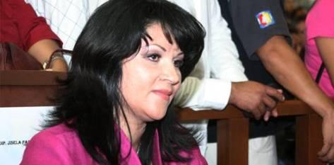 """La Comisión Permanente de Asuntos Políticos en voz de su presidenta, la diputada Jisela Paes Martínez, considera que la procedencia de la iniciativa en cuestión """"no causa afectación alguna a los periodos de duración fijados por la ley, tanto para los ayuntamientos entrantes como salientes"""""""