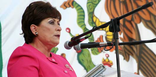 Pancartas, caras largas y abucheos despidieron a Rosa Delia como alcaldesa