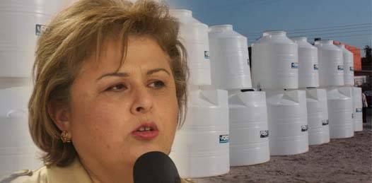 Ofrece el ayuntamiento paceño tinacos a crédito para construir cisternas