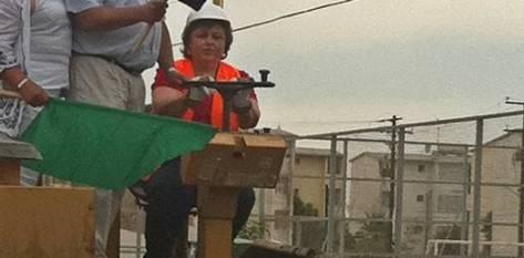 La presidenta adelantó que pronto los paceños escucharán de un nuevo programa que pretende también mejorar las banquetas de la ciudad en la que será convocada la participación de los contribuyentes del predial.