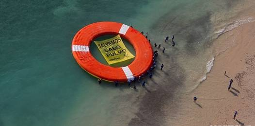 A pesar de la advertencia de SEMARNAT, hizo Greenpeace flotar el salvavidas por Cabo Pulmo