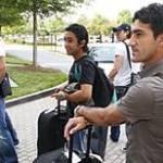 """El portero Ochoa y el defensa del PSV, """"Maza"""" Rodríguez, acudirán el martes, al siguiente día corresponde a los elementos de Toluca, Dueñas y """"Sinha"""" y por último acudirá Christián Bermúdez, quien regresó a México por unos días."""