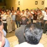 Una vez que terminó la toma de protesta, el presidente municipal Antonio Agúndez, tomó el micrófono para hacerles una serie de recomendaciones aclarándoles que el rendir protesta no implica que tengan garantizado el trabajo por lo que dure la administración.