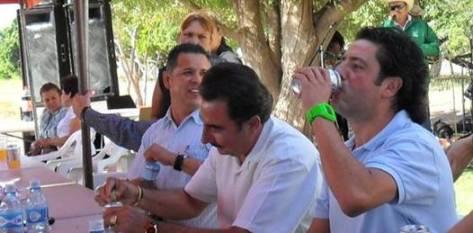 En cuanto a la inclusión de Agúndez Montaño a las filas del Verde Ecologista; Maximino Fernández quien abandonó la presidencia de este instituto político para contender por una diputación en las elecciones de principios de este año, externó que para formar parte de las filas del partido se requiere una solicitud seria.
