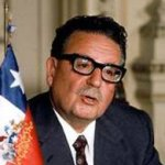 Tras su muerte, el cuerpo de Allende fue sometido a una autopsia antes de que sus restos fueran trasladados a la ciudad costera de Viña del Mar, pero en 1990, con la recuperación de la democracia, el cadáver fue exhumado y trasladado de nuevo a la capital, ocasión en que fue sometido a un segundo examen forense.