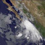 El huracán Dora, con índice de peligrosidad severo, podría aumentar a categoría V de la escala Saffir-Simpson en las próximas horas, informó el Servicio Meteorológico Nacional (SMN).