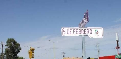Setenta por ciento o más de la nomenclatura de la ciudad está deteriorada o simplemente no existe.