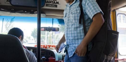 Pagarán estudiantes la mitad en transporte público, aún en vacaciones