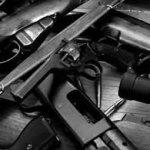 La operación 'Rápido y Furioso' permitió el trasiego ilegal a México de más dos mil rifles de asalto y 50 rifles tipo francotirador, además de miles de municiones.