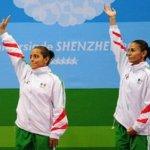 Espinosa -oro en Pekín 2008 y en los Mundiales de Roma 2009- y Ortiz obtuvieron la plata en el sincronizado desde la plataforma de 10 metros al sumar 330,48 puntos, 19,5 por debajo de la dupla de las chinas Wang Xin y Chen Ruolin, que se quedaron con el oro.