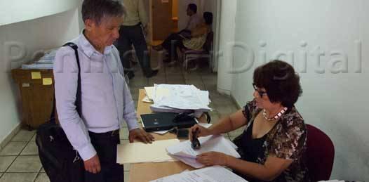 Ante Conciliación, denunciaron trabajadores de Salud el tráfico de plazas en la secretaría