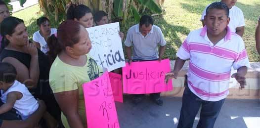 Protege la justicia al militar que atropelló a Reyna Guadalupe, denuncian familiares de la joven