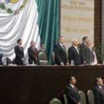 Brasil cuenta con los parlamentarios con los mayores salarios nominales de la región, ya que ganan 15.942 dólares, mientras que en México reciben 12.310 dólares, en Chile 10.878 dólares, en Colombia 10.240 y en Uruguay 7.156 dólares, seguidos de Perú (5.491), Argentina (5.415), Costa Rica (4.955) y Venezuela (3.964).