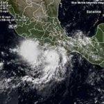 El organismo pronosticó que para las 13:00 horas Hilary se ubicará a 770 kilómetros al sur-suroeste de Cabo San Lucas, Baja California Sur, con vientos sostenidos de 185 kilómetros por hora y rachas de 220.