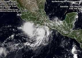 Se aleja Hilary de las costas mexicanas