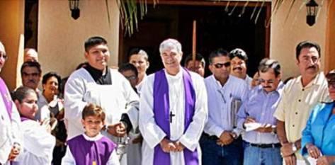 Entre las observaciones de la ASF resalta la construcción de obras como el edificio del Sindicato Nacional de Trabajadores de la Educación o el templo de la iglesia católica en la colonia Magisterial en San José del Cabo.