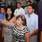 El Congreso del Estado, eligió la madrugada del viernes como nueva magistrada del Tribunal Superior de Justicia del Estado (TSJE) a la licenciada Martha Magdalena Ramírez Ramírez, quien a partir de ayer ocuparía el cargo en sustitución del ex magistrado Rafael Siqueiros Flores que concluyó su período de seis años para el cual fue electo el 30 de septiembre del 2005.