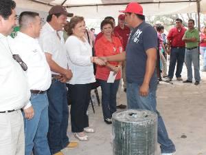 Reciben en Los Dolores apoyos de los programas de tinacos, agrícola, pecuario y pesquero