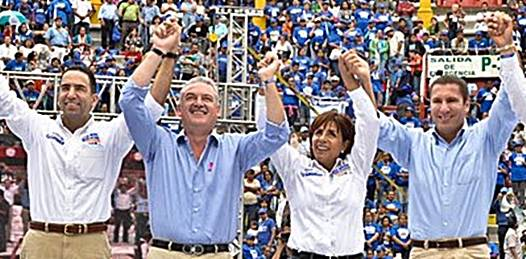 "Apoyan Covarrubias y Vázquez Mota a ""Cocoa"" Calderón"