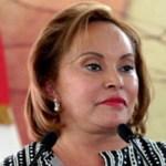 El Partido Nueva Alianza (Panal) aseguró que la maestra Elba Esther Gordillo no va a participar en la elección de candidatos rumbo al 2012, pues respeta el paso político que tiene en el país, pero Nueva Alianza tiene la autonomía suficiente para negociar coaliciones y seleccionar candidatos.
