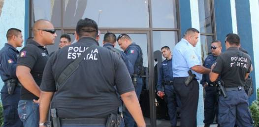 """Depuración de """"elementos nocivos"""" en las policías estatales garantiza el gobernador"""