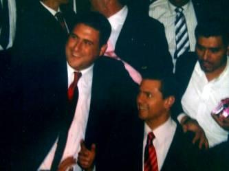 """Barroso Agramont dice que no es necesario insultar la inteligencia de los mexicanos difundiendo por todo el país los logros de los gobiernos del PAN, cuando la gente """"ya sabe que esos logros han sido un país sin desarrollo y con más pobres, convulsionado por la violencia con más muertos que en muchas guerras del mundo en sólo cinco años, un país sin crecimiento económico""""."""