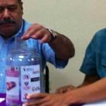 Más de una veintena de sitios contarán con centros de acopio para estas baterías del tipo alcalino informó el delegado de la Semarnat en el estado Marco Antonio González Vizcarra al presentar la propuesta que fue una iniciativa ciudadana de la asociación civil Guardianas del Agua.