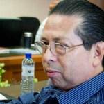 Pueden estar tranquilos todos los trabajadores del ayuntamiento de La Paz, indicó Rosendo Castro Orantes, tesorero general del ayuntamiento, ya que esta semana se define el recurso que se encuentra en gestión para hacer frente al gasto de fin de año.