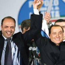 Destapa Berlusconi  a Angelino Alfano