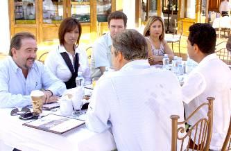 Unen esfuerzos  iniciativa privada y Ayuntamiento para darle realce al Pabellón Cultural