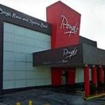"""Este casino ubicado en la Plaza Náutica de Cabo San Lucas fue clausurado junto con otra sucursal presuntamente propiedad de una empresa de Raúl Rocha Cantú en Mazatlán, a quien a su vez se le ha señalado como dueño del """"Casino Royale"""" Monterrey, siniestrado el 25 de agosto del presente año."""