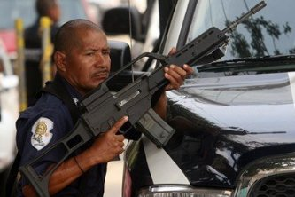 De inseguros califican en el extranjero a 21 estados mexicanos