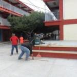 Durante esta jornada se realizaron trabajos de mejoramiento, mantenimiento y rescate de distintas áreas y estructuras del plantel, mismas que exigían una intervención. Así como pintura de aulas y mobiliario escolar, limpieza de patios, sanitarios, espacios deportivos y culturales.