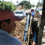 El titular del Organismo Operador del Agua, José Manuel Curiel Castro, destacó que en el PRODDER se trabaja de manera coordinada con la Comisión Nacional del Agua, pues ambos organismos tienen la coincidencia de atender las necesidades en materia de agua potable y alcantarillado de la población cabeña.