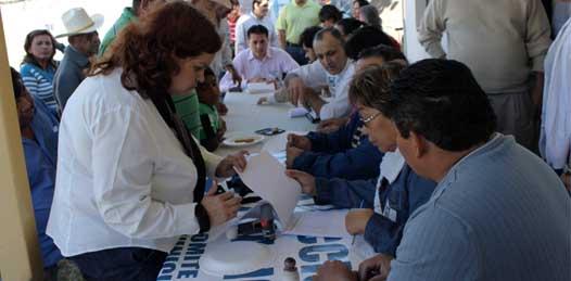 Zamora y Meza, virtuales candidatos a diputados del PAN