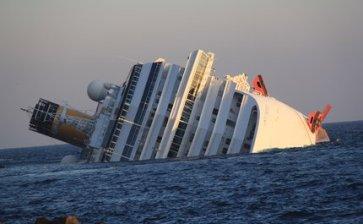 Naufragio del crucero 'Costa Concordia' en Italia