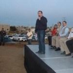 En Los Cangrejos, el alcalde exigió el pago de los impuestos para hacer más obras.