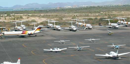 Aeropuertos funcionando, puertos marinos cerrados, carreteras con deslaves reporta SCT