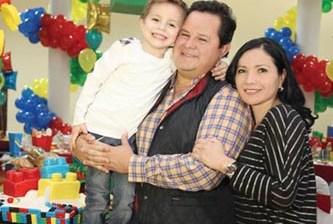 Legocumpleaños de Félix Díaz