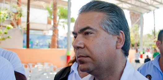 """Piden abogados renuncia de Gamill """"sólo por conveniencia"""" opina padre de Jonathan"""