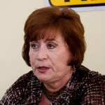 """La presidenta del sol azteca en Baja California Sur (BCS), Rosa Delia Cota Montaño, señaló que ambos institutos políticos permiten que sus candidatos participen de una derrama económica """"que debe ser sancionada por el instituto"""". Esto debido a que los """"topes de campaña"""" han sido ya colmados, expuso."""