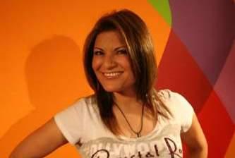 Estrena Diana Reyes producción en el carnaval La Paz