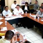 Luis Armando Díaz, informó a la comunidad, que el gallo vehicular de las candidatas a reinas, se recorrió para el viernes 2 de marzo en punto de las 3 de la tarde, partiendo de las antiguas oficinas de Desarrollo Social, hasta la conocida plaza Antonio Mijares.
