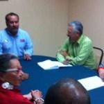 """Momentos antes de ser escuchados por el delegado del medio ambiente, Marco Antonio González Vizcarra, Rodriguez Rodriguez dijo que aparte del desarrollo futuro de la minería en el estado, """"el problema de la contaminación por arsénico está ahí, y como organización civil estamos interesados en que se lleven a cabo acciones específicas para mitigar los problemas de contaminación""""."""