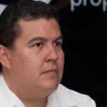 """De existir """"cuestiones particulares que quieran disipar o resolver, pueden acudir, y yo los invitaría a que acudieran primero, con el abogado general de la institución y también pueden acudir con cualquiera de sus jefes de departamento o con el doctor Dante Salgado o con un servidor"""", explicó Cruz Chávez."""