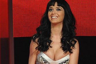 Katy Perry lo hace seis veces al día