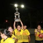 Las chicas del equipo Inter Colosio F.C. se alzaron con el trofeo de campeón de campeones al derrotar 4 goles a 2 al equipo de Refrigeración El Güero, todo ello dentro del futbol rápido femenil de Las Palmas de San José del Cabo.