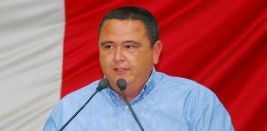 Renuncia el diputado Castro Ceseña al PRD y se pronuncia a favor de Peña Nieto