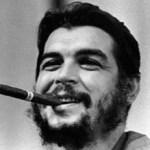 """Hoy en día la figura del """"Che"""" cuenta con más adeptos que en los mismos tiempos de la Revolución, quizá porque se convirtió en un ser mitológico que representa la lucha por la libertad, en América Latina y el mundo."""